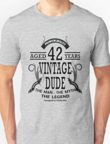 vintage dud aged 42 years T-Shirt