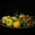 Apples and Grapes by VikaRayu