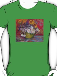 'Still Life with Roses and Sunflowers' by Vincent Van Gogh (Reproduction) T-Shirt