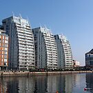 82 - BENDY BUILDINGS AT SALFORD, MANCHESTER (D.E. 2009) by BLYTHPHOTO