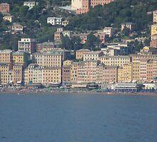 Camogli, frontsea houses by presbi