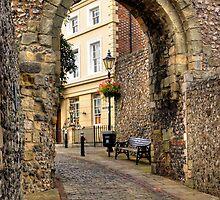 Castle Gate - Lewes by George Parapadakis (monocotylidono)