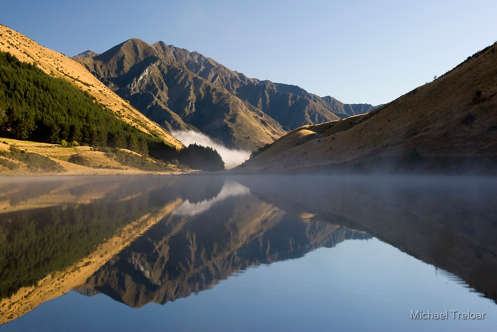 Moke Lake, Queenstown. by Michael Treloar