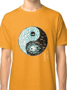 Dancing forces Classic T-Shirt