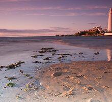 St Marys Lighthouse at sunset by oddity