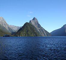 Milford Sound, New Zealand by RationalMatthew