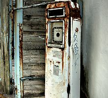 Petrol Pumps of Totterdown by Alan Watt