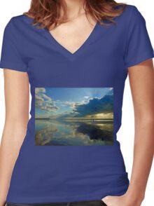 Freshwater West - Golden Light Women's Fitted V-Neck T-Shirt