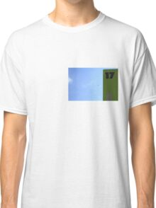 No. 17 (safe) Classic T-Shirt