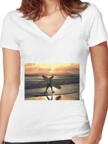 Kauai Surfer Heading Home at Sunset Women's Fitted V-Neck T-Shirt