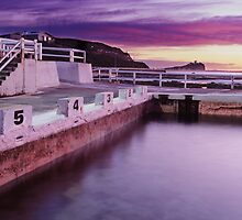 Newcastle Ocean Baths, NSW by Steve Fox