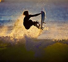 Silhouette Surfer by saltmotion