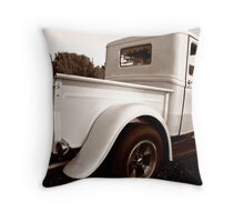 1932 Ford Pick-Up Throw Pillow