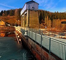Hydropower station in winter wonderland | architectural photography by Patrick Jobst