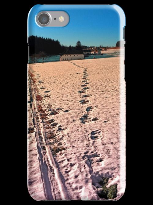 Footprints in snowy winter wonderland | landscape photography by Patrick Jobst