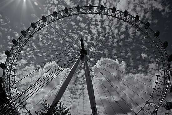London Eye by dhphotography