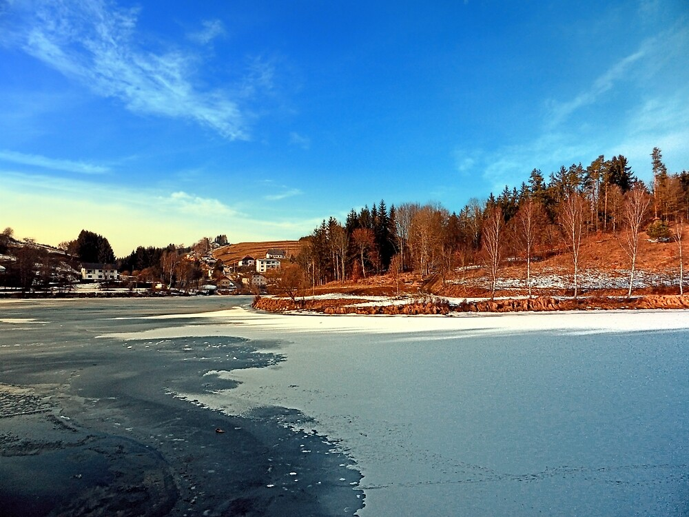 Frozen river panorama | waterscape photography by Patrick Jobst