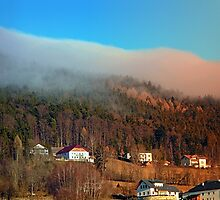 Clouds over the mountains | landscape photography by Patrick Jobst