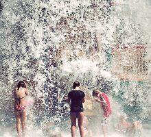 Making a splash by KerrieMcSnap