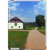 Peaceful countryside scenery   landscape photography iPad Case/Skin