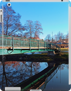 A bridge, the river and reflections II | waterscape photography by Patrick Jobst