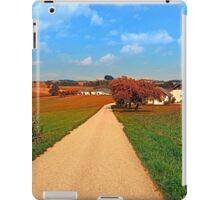 Hiking through a peaceful scenery III | landscape photography iPad Case/Skin