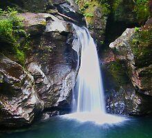 Bingham Falls by cmcelhaney