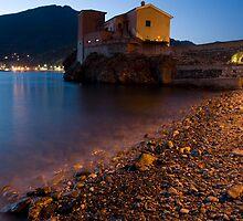 levanto at night, italy by Ian Middleton