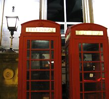 ENGLISH TELEPHONE BOXES by gothgirl