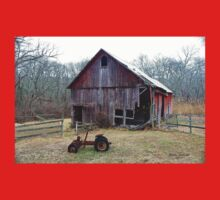 Old Barn and Tractor T-Shirt