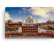 Taj Mahal (Monument of Love), Agra, India Canvas Print