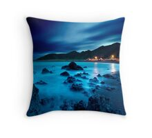 Ngawi silk drift Throw Pillow