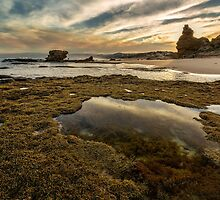 Rock Pools - Split Point by Hans Kawitzki