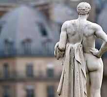 The Watcher in the Tuileries by randyharris