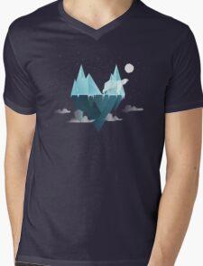 Low Poly Polar Bear Mens V-Neck T-Shirt