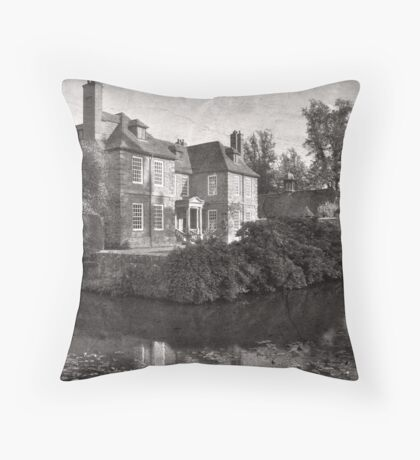 Groombridge Place, Groombridge, Kent, England Throw Pillow