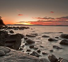 Hinsby Beach Sunrise by Mitch Pearson-Goff