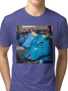 Three Cows on Parade, Ebrington Sq, Derry Tri-blend T-Shirt