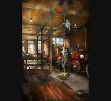 Firemen - Answering the firebell 1922 T-Shirt