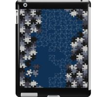 Jigsaw puzzle pieces BLUE iPad Case/Skin