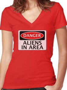 DANGER ALIENS IN AREA FAKE FUNNY SAFETY SIGN SIGNAGE Women's Fitted V-Neck T-Shirt