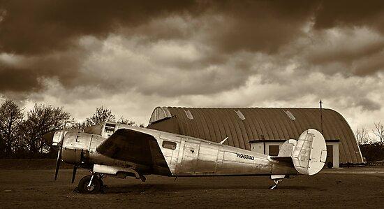 Beechcraft 18 Expeditor - II by Lea Valley Photographic