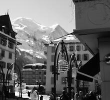 Mont Blanc Street by petegrev