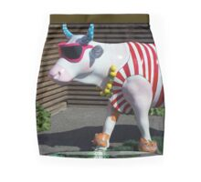 Painted Cow on Holiday - at Floriade Pencil Skirt