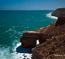 Natural Bridge, Kalbarri, WA by Malcolm Katon