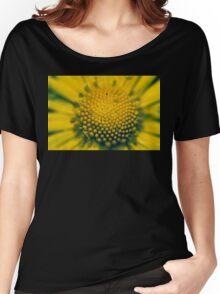Macro Women's Relaxed Fit T-Shirt