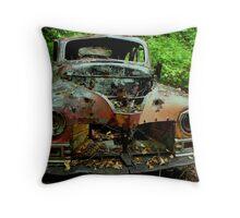 The old Car at Jackfish Ontario Throw Pillow