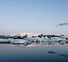 Glacier Lagoon #6 by Stefán Kristinsson