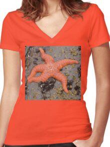 Starfish Women's Fitted V-Neck T-Shirt