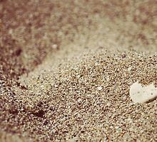 i heart beach by CoffeeBreak
